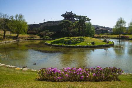 Beautiful fire water (Banghwasuryujeong)