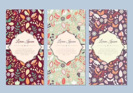 invitation card: Lindos del doodle del vintage tarjetas florales fijados para la invitaci�n, etiqueta, bandera, boda, fiesta de bienvenida al beb�, gallina-partido, d�a de madre, d�a de San Valent�n. Hermoso fondo con flores y hojas suaves. Vector