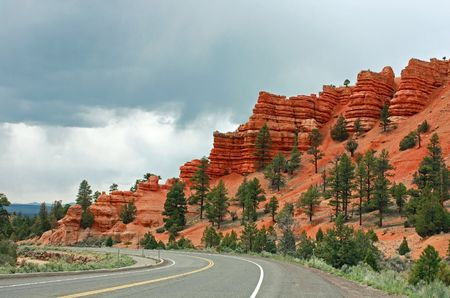 Bryce Canyon on a cloudy day with rain approaching