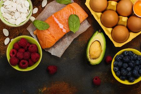 脳と良いメモリのための健康食品。料理の背景や健康的な食事の概念。何を試験の前に食べる 写真素材
