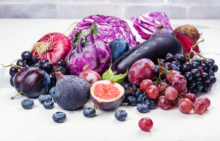 Selection of purple foods Imagens