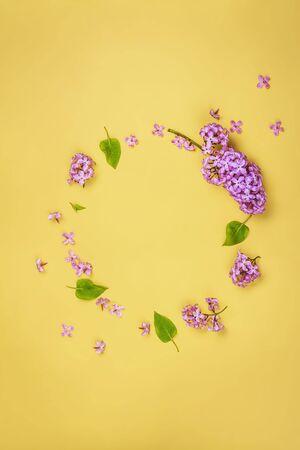 Lilac flowers frame, copy space Фото со стока