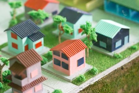 잔디에 모델 홈. 스톡 콘텐츠