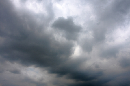 Grey cloud before raining from the sky Stock Photo - 16840616