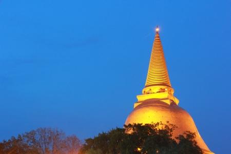 nakhon pathom: Phra Pathom Chedi in Nakhon Pathom, Thailand