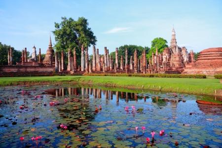 Mahathat temple, Sukhothai Historical Park, Sukhothai, Thailand photo