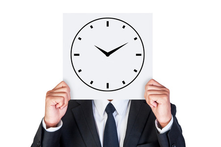 gestion del tiempo: La gesti�n del tiempo es lo importante muestra por el hombre de negocios aislados sobre fondo blanco Foto de archivo