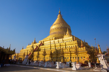 ���archeological site���: Shwezigon Pagoda in Bagan archeological site