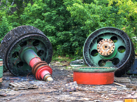 subculture: Giant old spare parts of scrap metal. Clogging of the environment. Danger for the future generation.