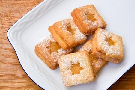 baking cookies: Biscotti con cagliata di limone su un piatto Archivio Fotografico