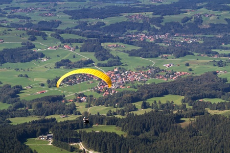 paraglide: Paraglider in southern Bavaria, Germany