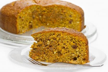 Carrot cake op een glazen plaat Stockfoto - 12537761