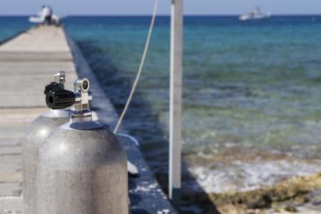 oxigen: Oxygen tanks for diving