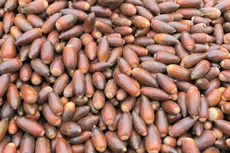 Argan noten te koop op een markt in Marokko