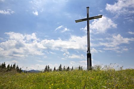 Gipfelkreuz auf dem Rechelkopf, Bayern Stock Photo