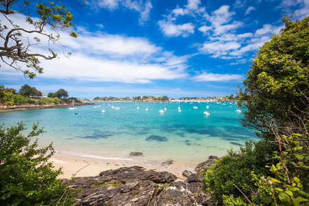 Smaragdküste der Bretagne Frankreich Standard-Bild - 41741652
