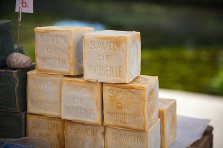 Markt Seife Provence Frankreich Standard-Bild - 43017700