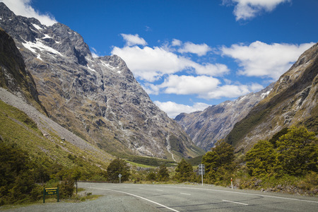 milford: Milford Sound road New Zealand