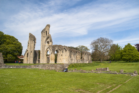 somerset: The historic ruins of Glastonbury Abbey in Somerset