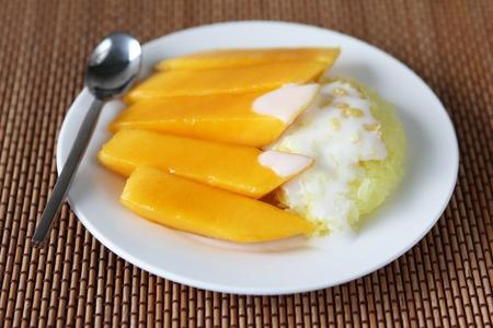 Thai Dessert Sweet herb Sticky Rice With mango.