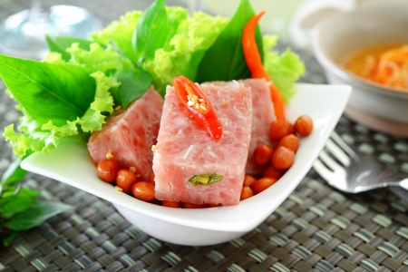 nem: thai fermented pork with peanut and vegetable