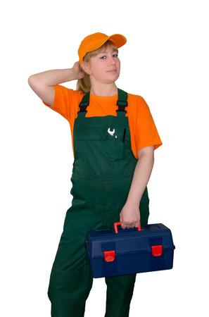 Arbeiterin mit Werkzeugkasten, nachschlagend, isoliert auf weißem Hintergrund