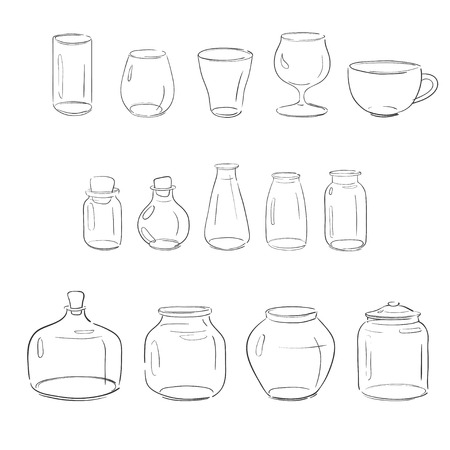 set van verschillende glazen objecten: potten, vazen flessen