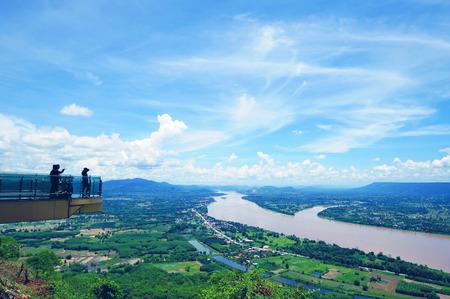 Point View Mekong River at Wat Pha Tak Suea, Nong Khai Province, Thailand Standard-Bild