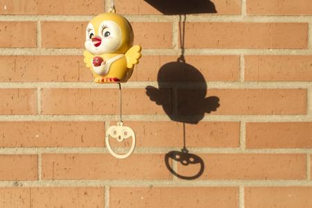 reloj cucu: Cuckoo clock Toy for babys  in a Terrace