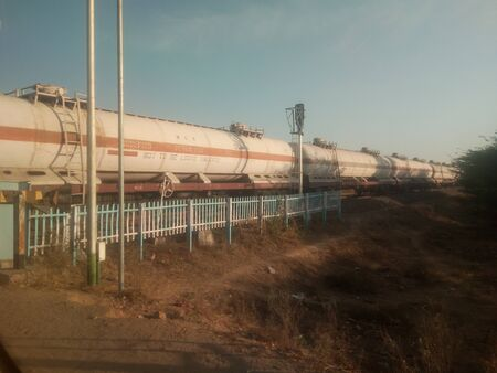 Train tanks with oil and petroleum transport by rail Stockfoto