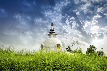 shanti: shanti stupa peace temple new delhi india with cloudy dramatic sky Stock Photo