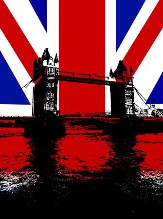 bandera reino unido: Tower Bridge en Londres con la bandera del Reino Unido. Foto de archivo
