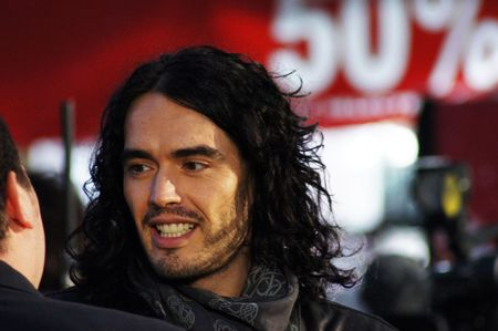 celeb: LONDON - October 11: Russell Brand At The Despicable Me Premiere October 11, 2010 in Leicester Square London, England.