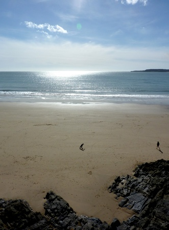 A view of the beach in Tenby from the perspective of the cliff. Stock Photo - 9448522