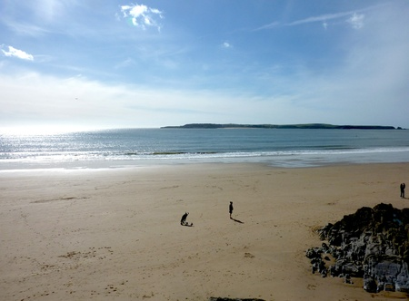 A view of the beach in Tenby from the perspective of the cliff. Stock Photo - 9448460