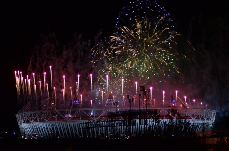 London � August 12: Fireworks over the Olympic Stadium to mark the closing ceremony of the 2012 Olympic Games In London  August 12th, 2012 in London, England. Stock Photo - 14784766