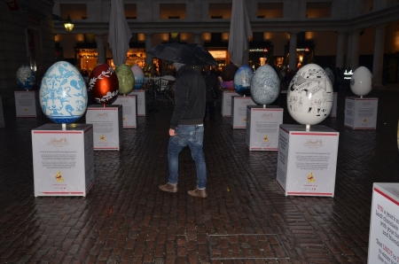 covent: London � March 22: The annual Big Egg Hunt in Covent Garden in London March 22nd, 2013 in London, England.