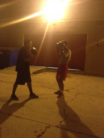 Late night alley boxing Stock fotó - 21401690
