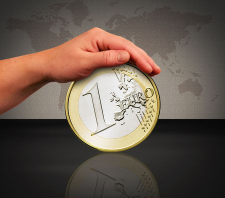 rapacity: the saving of the euro by a protecting hand