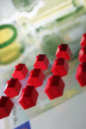 Little houses for Financing, Building or insurances