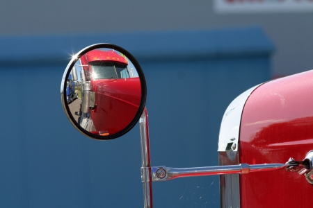 semi trailer: The beautiful red US Truck with chrome