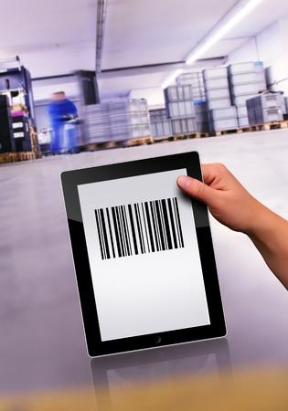 Travailler avec un tablet pc plat moderne Banque d'images - 10957366