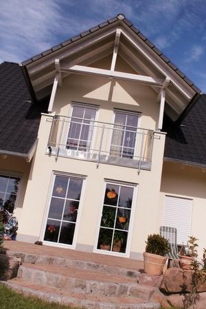 statics: Details of a new european single family house