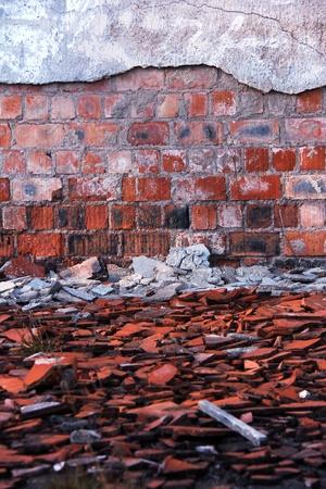 Vieux mur endommagé d'un immeuble ancien Banque d'images - 13049275