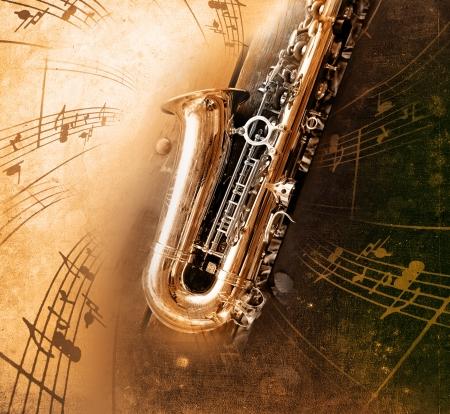 instrumentos musicales: Sax retro con el antiguo fondo de textura amarillenta Foto de archivo