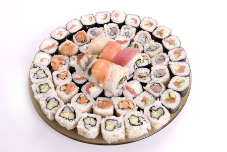 cartilaginous: collection of different rolls served on the round plate