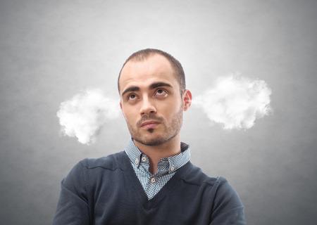 Portret van een man met stoom uit zijn oren
