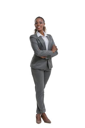 Afrikaanse zakelijke vrouw portret. Gekruiste armen. Geïsoleerd Stockfoto - 40943214