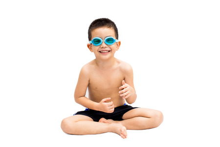 boy  naked: Portrait of little young boy in swimsuit and blue swim goggles isolated on white background