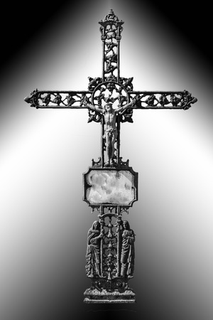 Jesus Christus auf einem schmiedeeisernen Kreuz Standard-Bild - 27510529